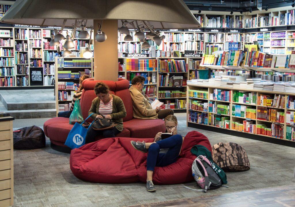 Алфа, бета читатели - самоиздател онлайн книжарница и платформа за създаване на книги - как да издам книга информация